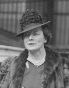 Dora Metcalf, 1935, in fedora and fur coat